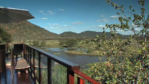tau game lodge madikwe game reserve south africa. Black Bedroom Furniture Sets. Home Design Ideas