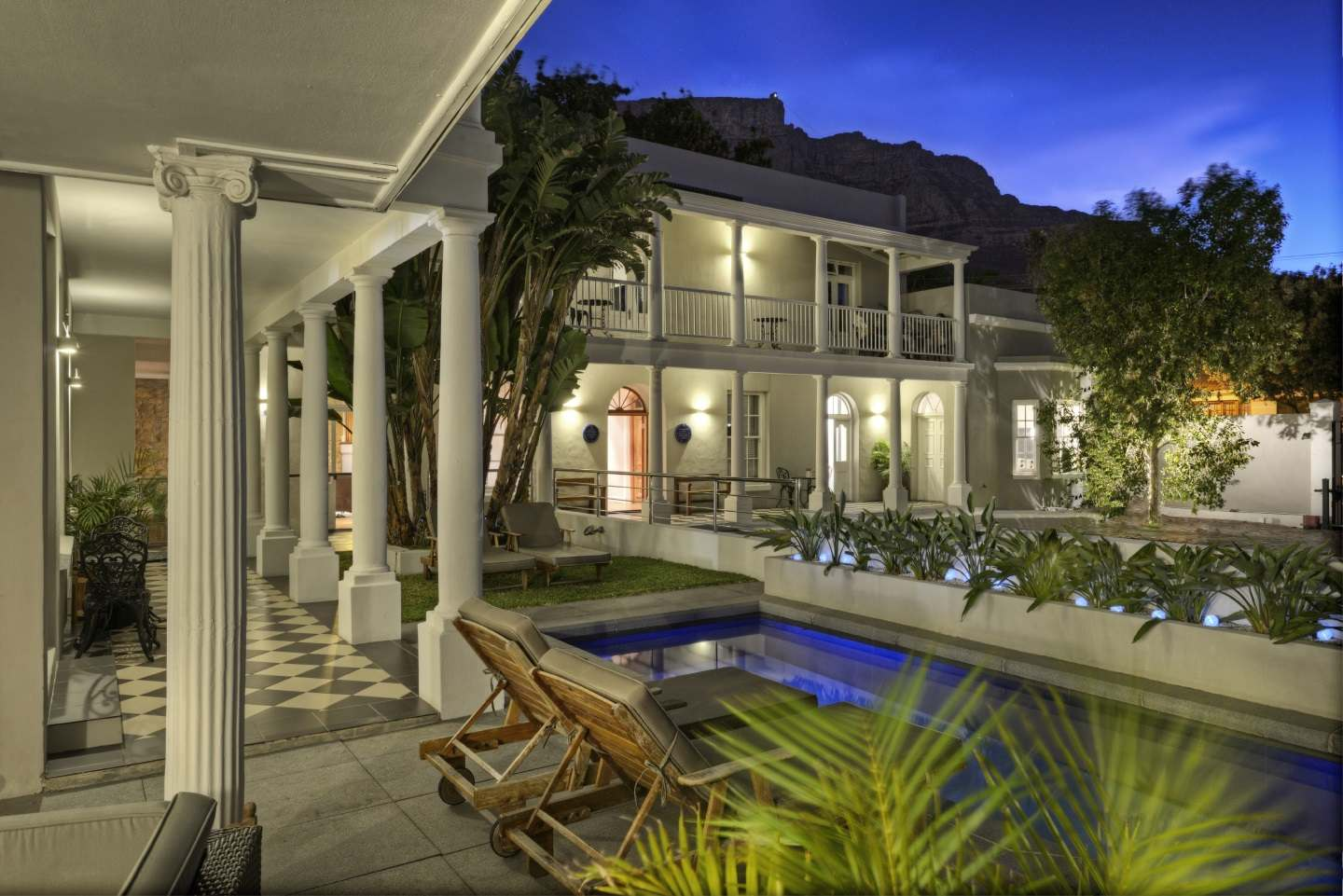 Three boutique hotel cape town south africa for Boutique hotel