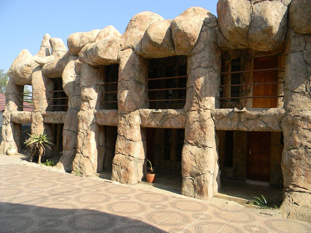 African Cave Lodge Hammanskraal South Africa