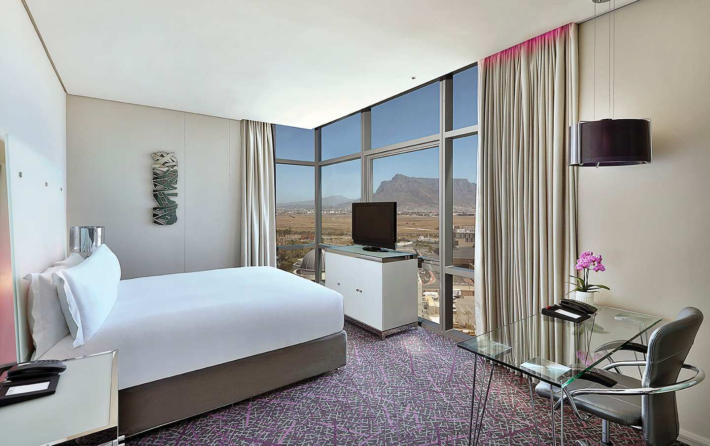 Cape Town Marriott Hotel Crystal Towers Cape Town