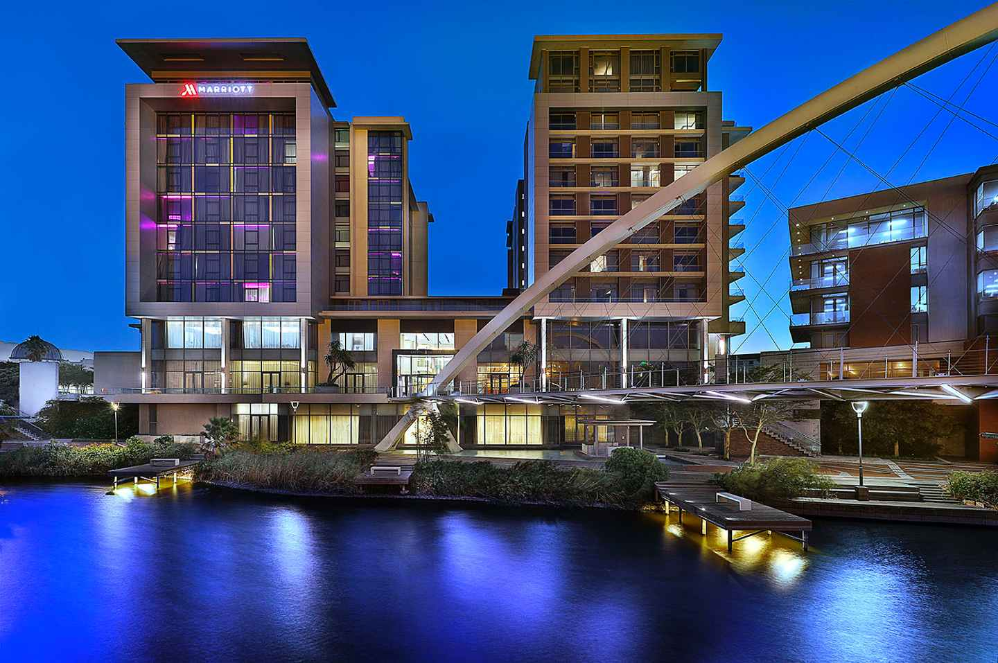 Cape Town Marriott Hotel Crystal Towers Cape Town South