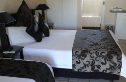 Semi self catering room sleeps 4