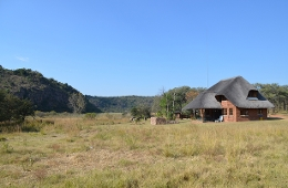 Bambelela Guest Farm & Wildlife Care Farm