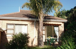 Bayside Cottage  Self-catering Accommodation