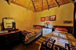 Thunzi Cottage (Thatched Cottage) No:2