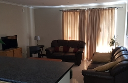 1 Bedroom Self-catering house