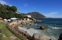 Flora Bay Resort