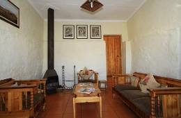 Cottage Self Catering Unit - Lounge area