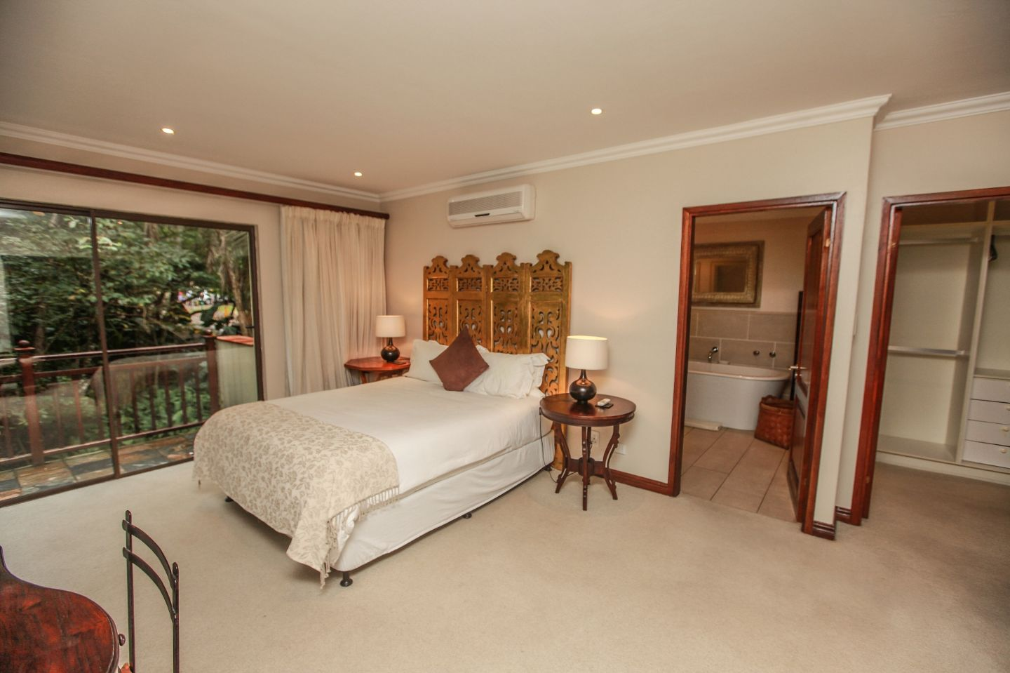 Imphiti Lodge Manor Pennington