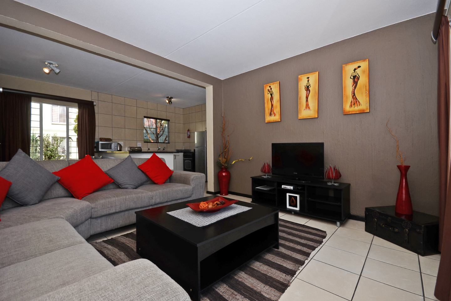 Jozi Apartments - Royal View Units, Johannesburg, South Africa