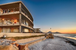 Sunstays Lagoon Beach Apartments Cape Town