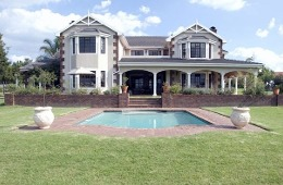 Maple Manor