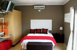 Maple Tree Manor