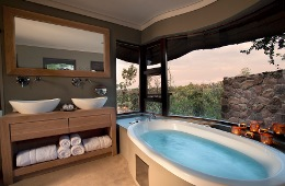 Mhondoro Game Lodge Welgevonden Private Game Reserve
