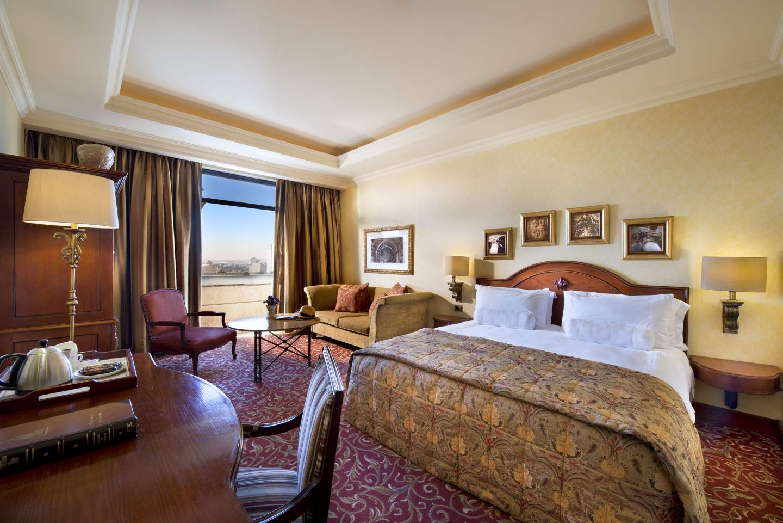 Satellite Tv And Internet >> Michelangelo Hotel, Johannesburg