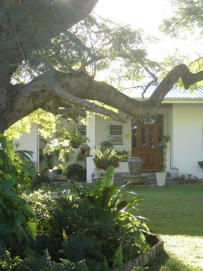 Mtubatuba South Africa  City pictures : Mtuba Manor Guesthouse, Mtubatuba, South Africa