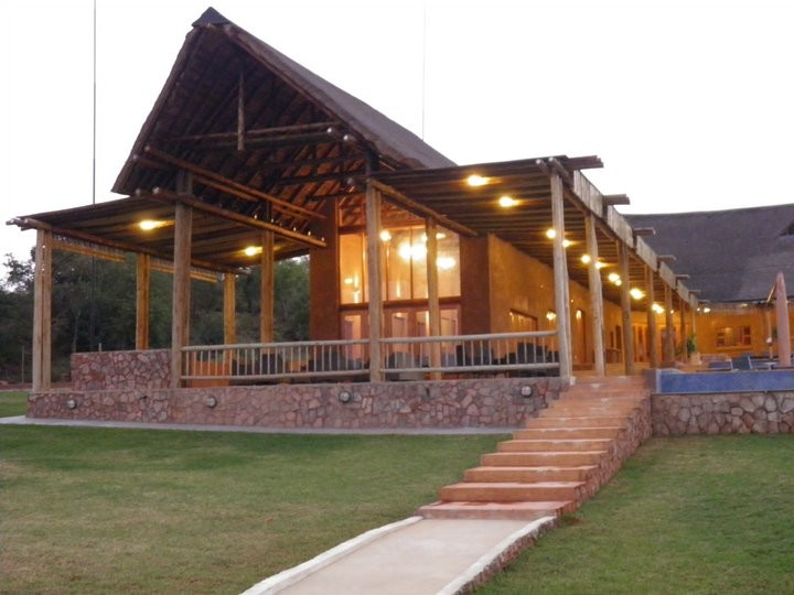 Olievenfontein Private Game Reserve, Vaalwater, South Africa. De La Poste Hotel. Bear And Ragged Staff Hotel. Quality Hotel Marlow. The Elements Hotel. Pension Maria. Grida City Hotel. Sky Apartments Vienna. Strand Cottage B And B