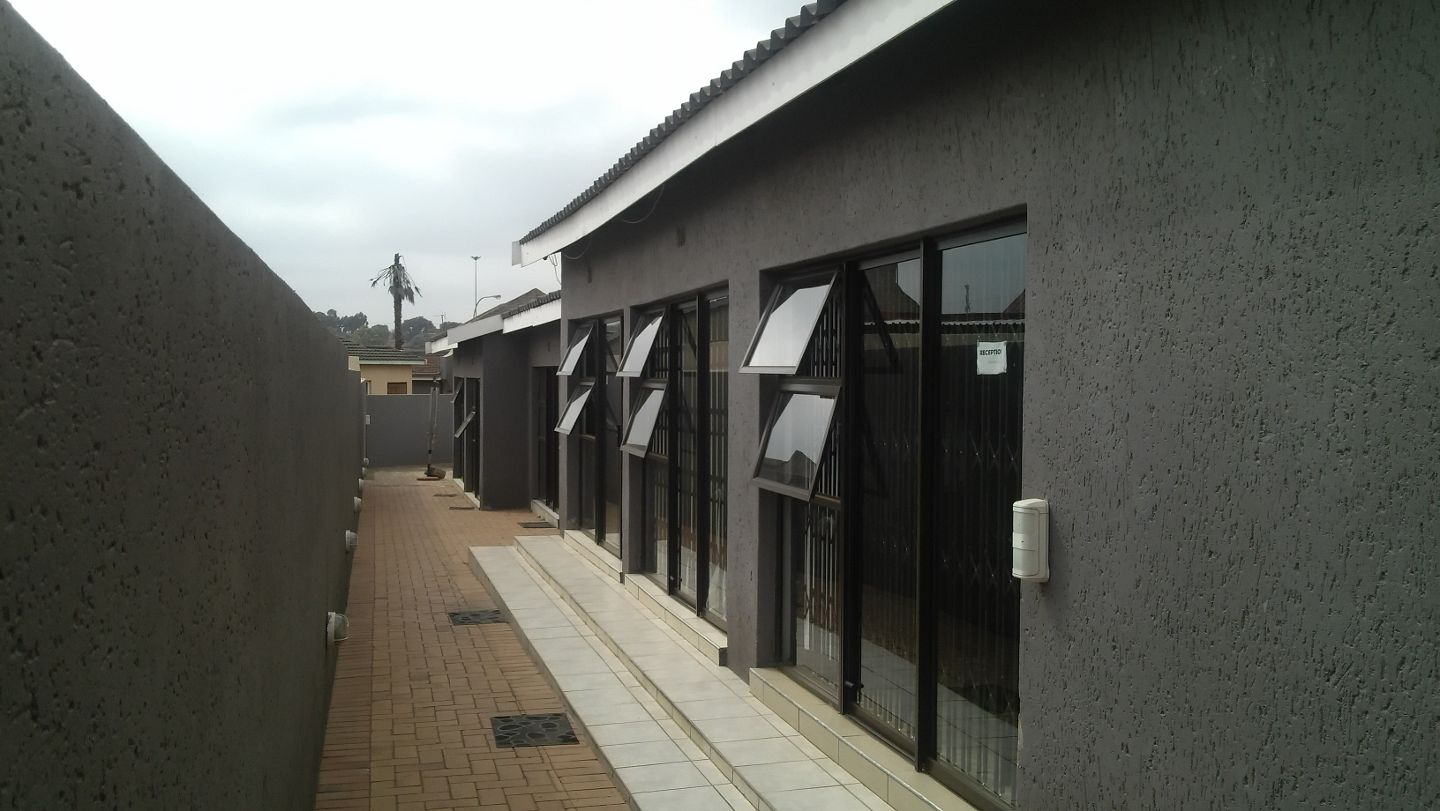 Pimville Guesthouse And Tours Soweto South Africa