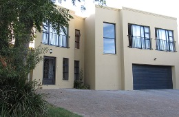 Cats and Lemons Self Catering Apartments Stellenbosch