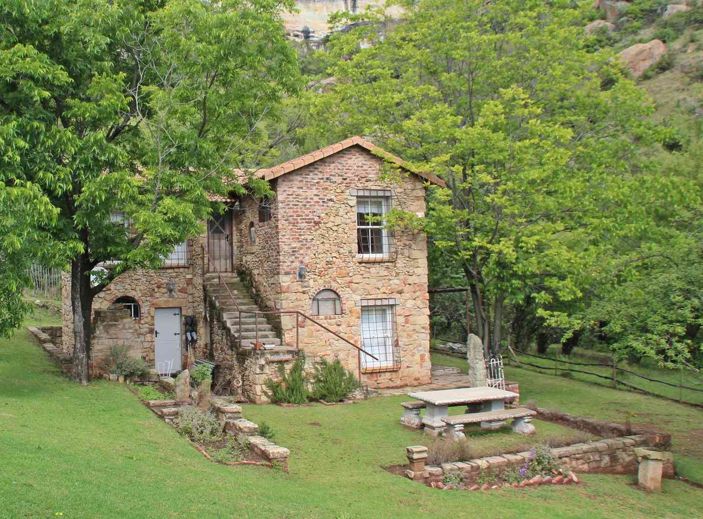 The french cottage clarens south africa for What is a cottage