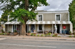 The Old Potters Inn