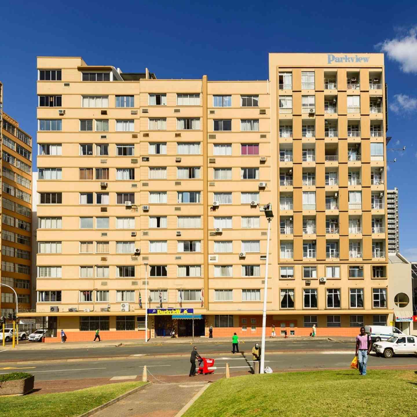 Holiday Park Apartments: Parkview Holiday Apartments, Durban, South Africa