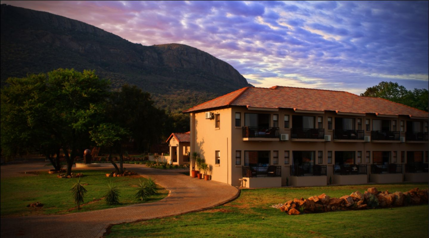 Three oaks and an aloe boutique hotel hartbeespoort for Boutique accommodation