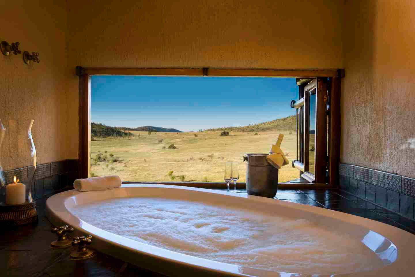 Tshukudu Bush Lodge Pilanesberg National Park