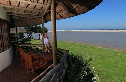 Fish Eagle Sea-facing Family Bungalow