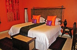 Villa Tuscana and Village Lodge Guest Houses