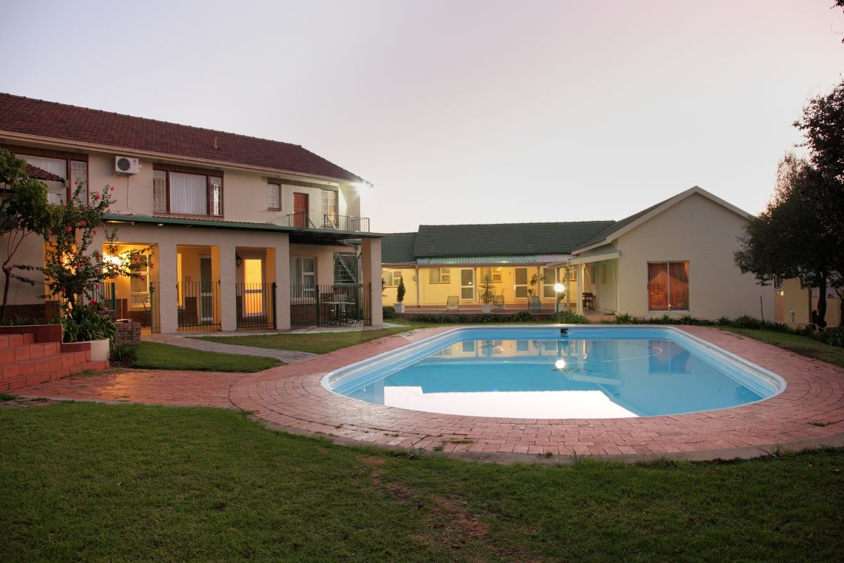 Villa vittoria guest house johannesburg south africa for Villa vittoria