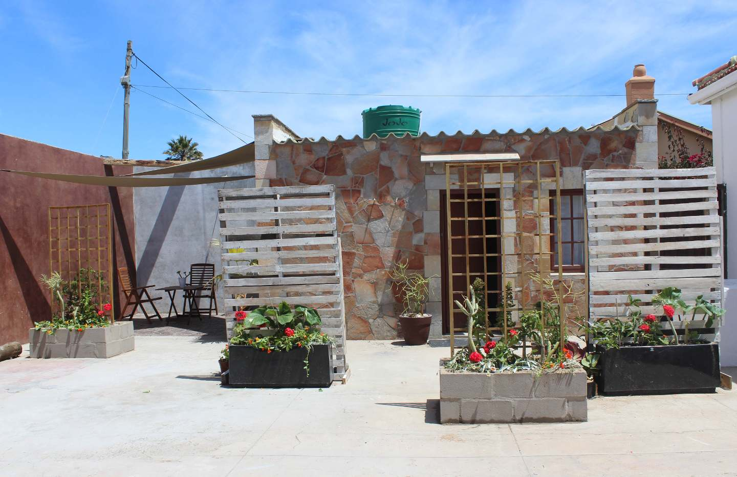 Port Nolloth South Africa  city pictures gallery : Yield House on Beach Road, Port Nolloth, South Africa